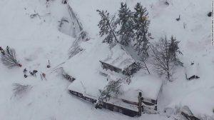 hotel-rigopiano-avalanche