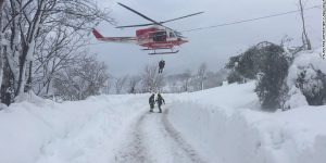 italy-earthquake-rescue