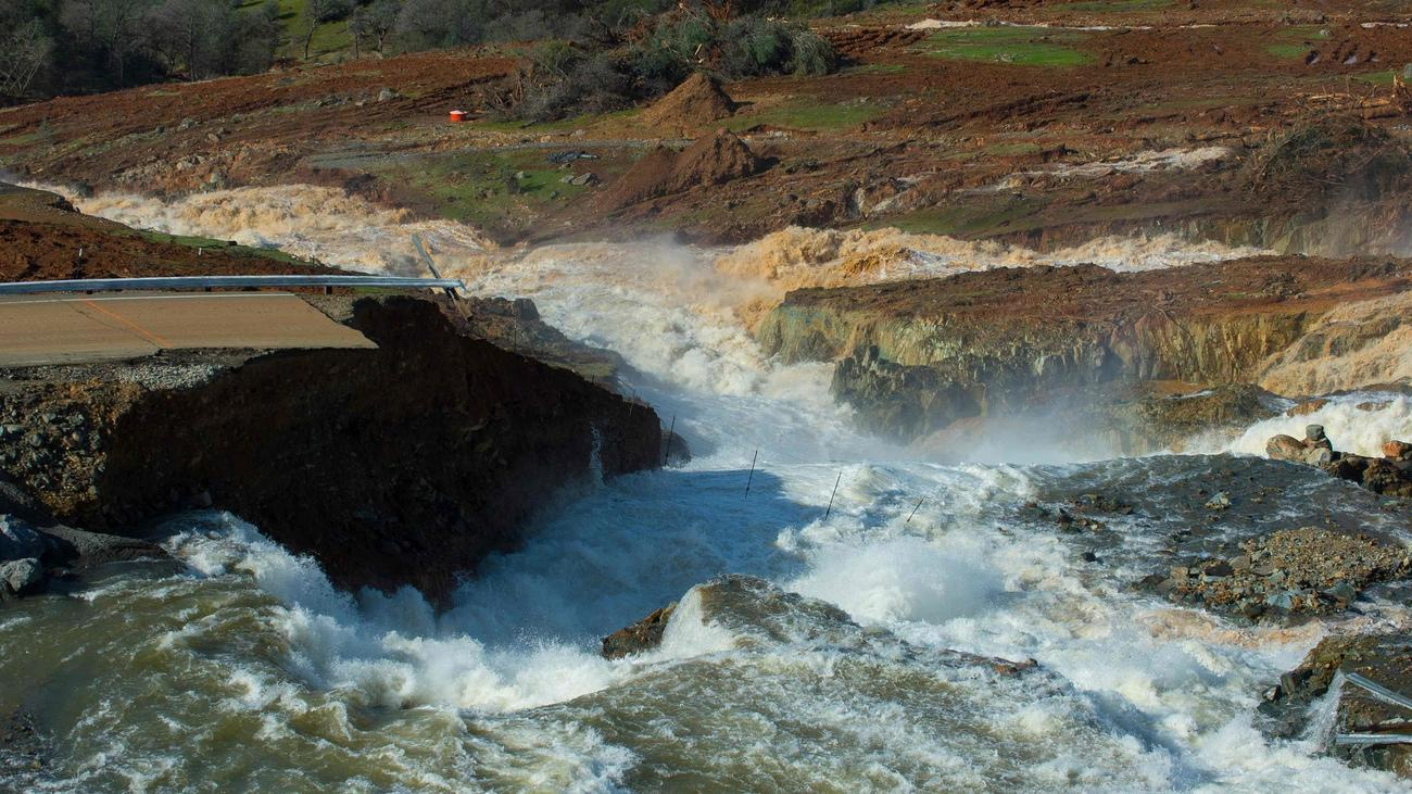 oroville-dam-failure