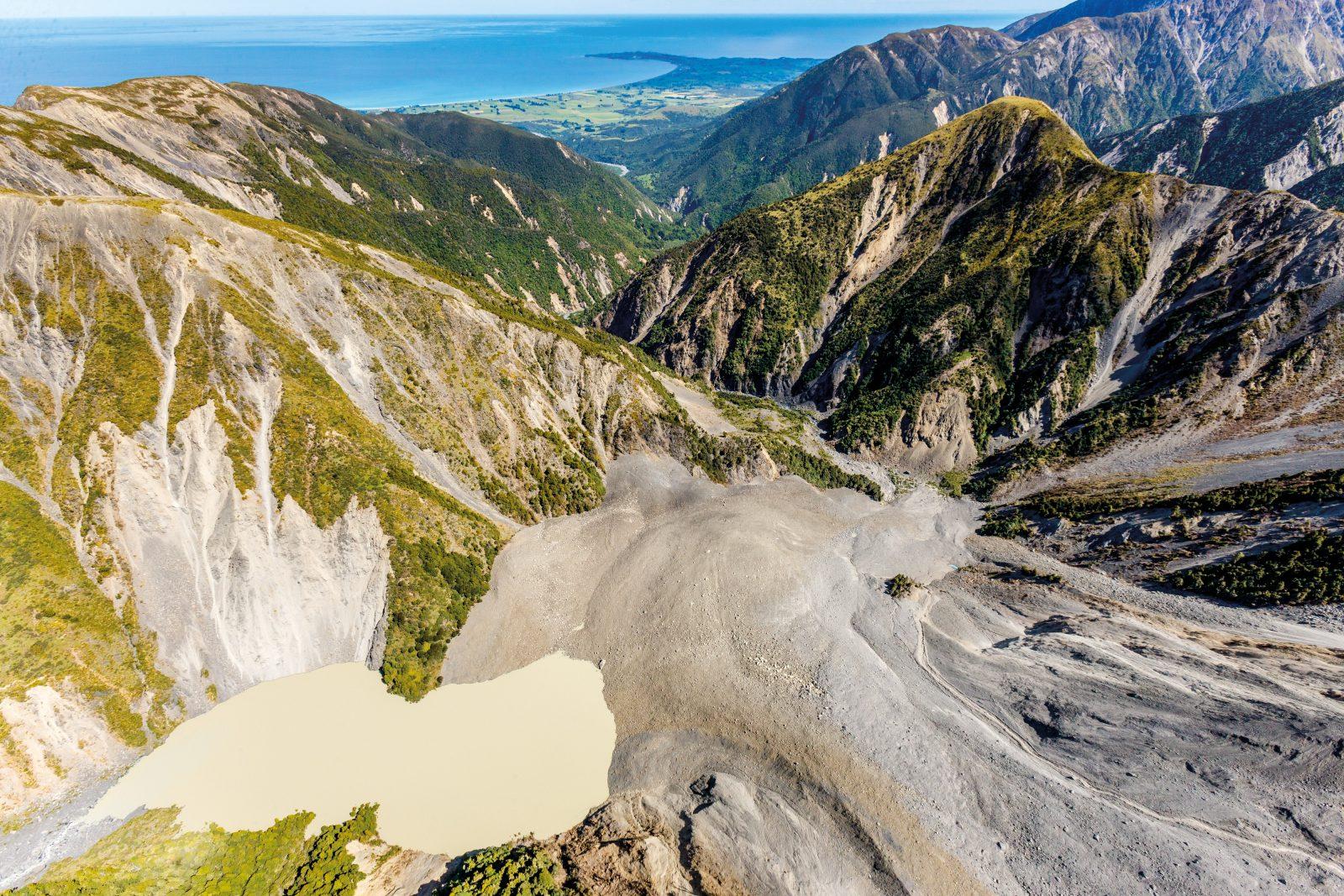 kaikoura-earthquake-landslide-dam
