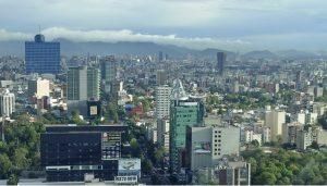 Una imagen del paisaje urbano de la Avenida Insurgentes, en Ciudad de México, donde experimenté el terremoto.