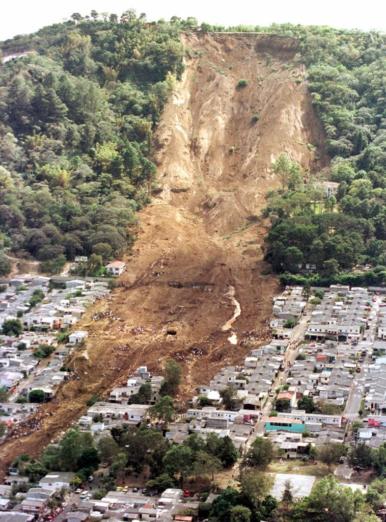 EL-SALVADOR-EARTHQUAKE