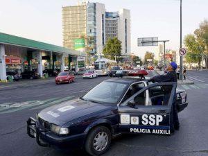 mexico-city-earthquake-police