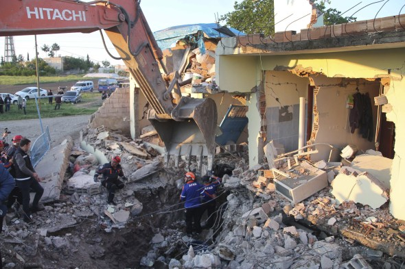 turkey-earthquake-damage