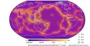In questa mappa si può confrontare la sismicità globale degli ultimi due anni con la previsione fornita dal modello GEAR (scala di colore). Questo tipo di confronto è utile per giudicare la capacità previsionale del modello GEAR. Ovviamente, maggiore è il periodo considerato per il test, più affidabile sarà la validazione del modello e proprio per questo il Centro di Studi per la Previsione di Terremoti (CSEP) continuerà a sottoporre GEAR a verifica.