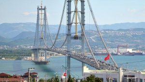 The Osman Gazi Bridge which opened in 2016, crosses the 1999 Izmit rupture.