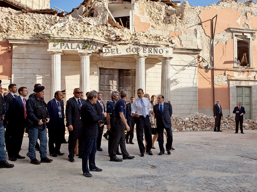 Former President Obama and former Prime Minister Berlusconi tour the L'Aquila damage in 2009.