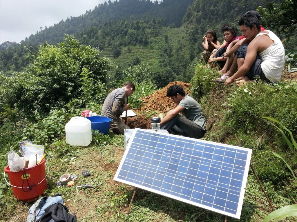 Seismometer deployment in Nepal