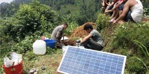 Seismometer deployment in Nepal
