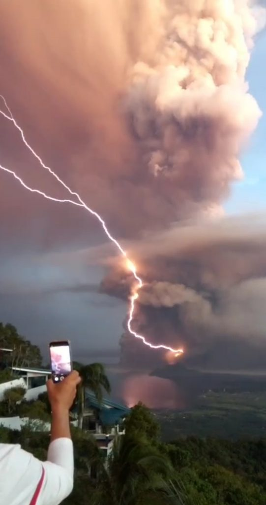 On Jan. 12, 2020, Taal erupted. In the evening, as the ash plume pushed into the atmosphere, volcanic lightning commenced, Credit: Etrhamjr