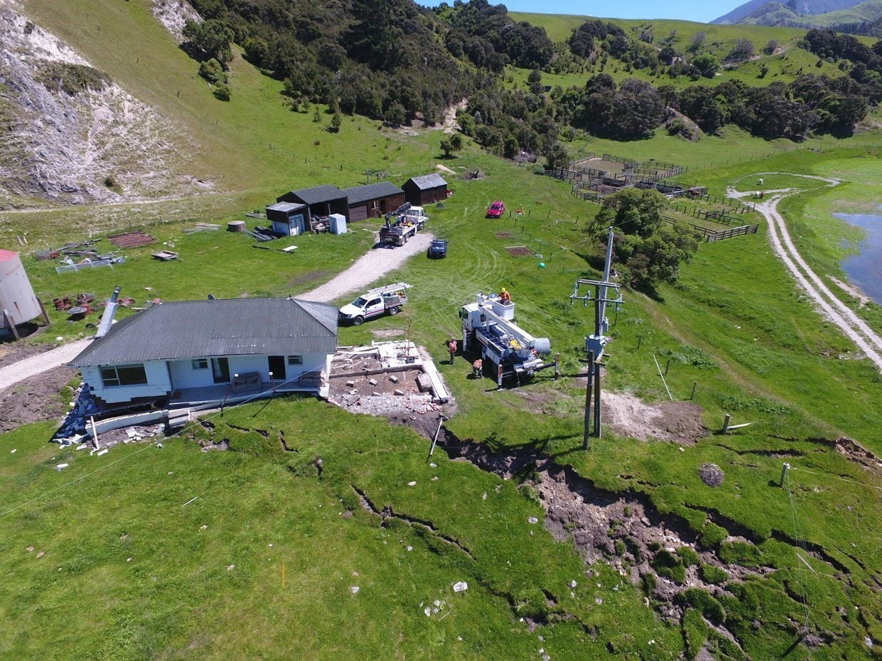 Kaikōura earthquake damages home