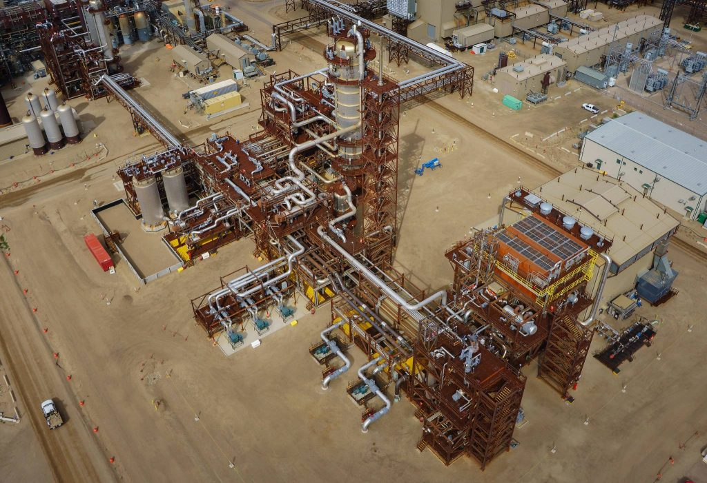 Shell's Scotford Complex near Fort Saskatchewan is part of their current carbon capture and storage strategy. Credit: Alberta Newsroom, CC BY-NC-ND 2.0